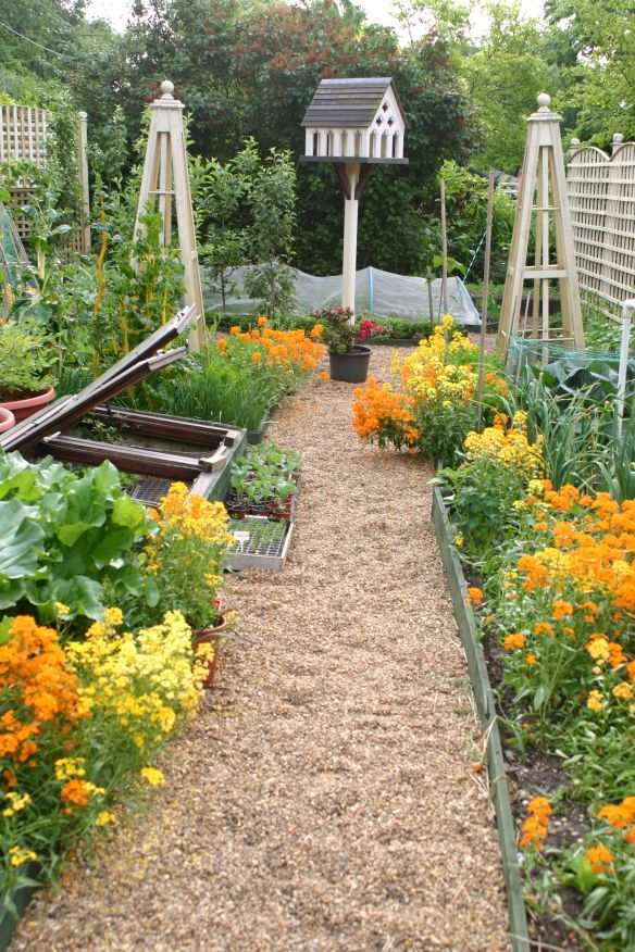 90 best Gardens to Visit. Great potagers and kitchen gardens ...