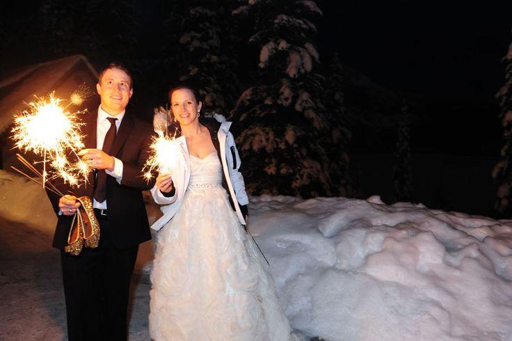 Wedding Sparklers | Photo by f8 Photography Inc. | www.f8photography.com #winterwedding #emeraldlakelodge