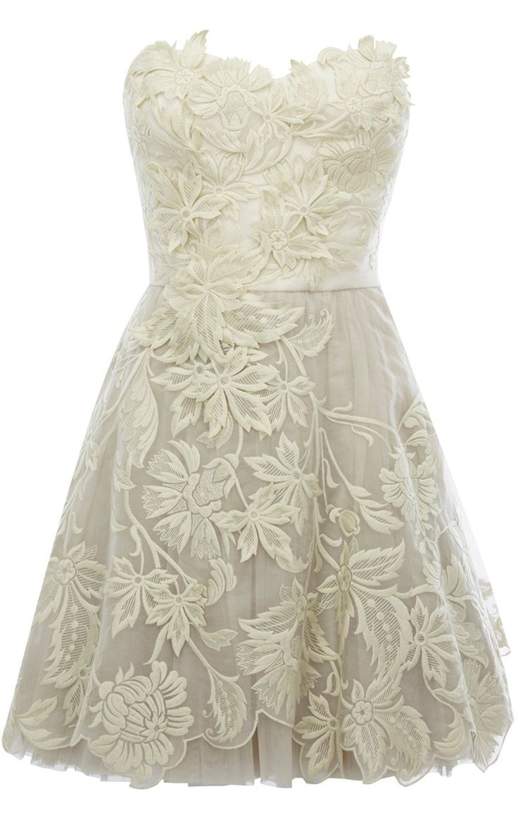 Romantic embroidery dress