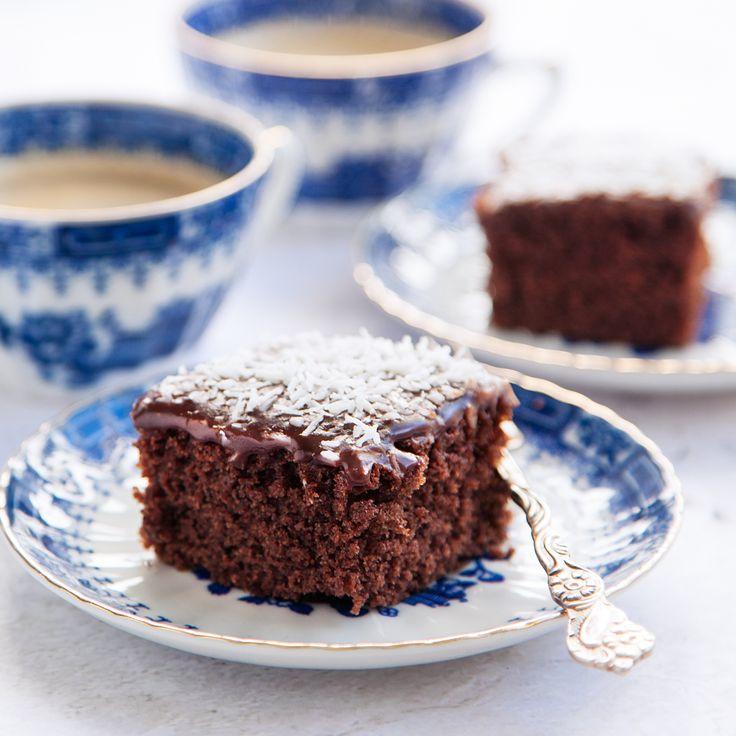 Mockarutor är superenkelt att göra, och vem tackar nej till chokladkaka med glasyr? Kärleksmums eller snoddas, här hittar du receptet på en välkänd kaka!