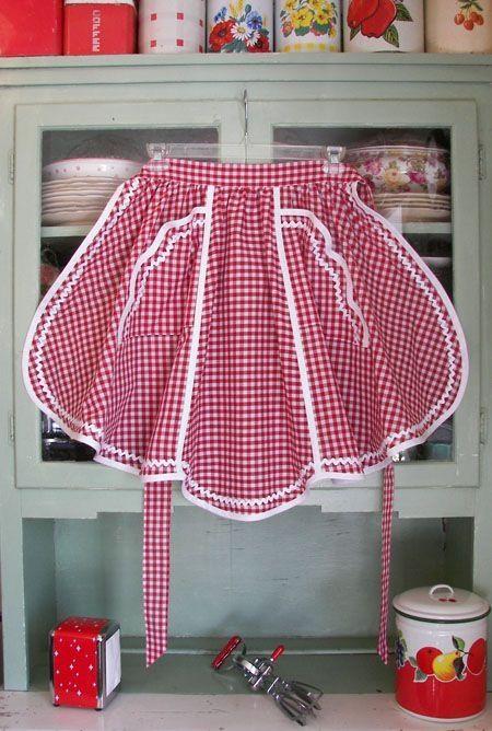 Aprons, Retro red gingham half apron