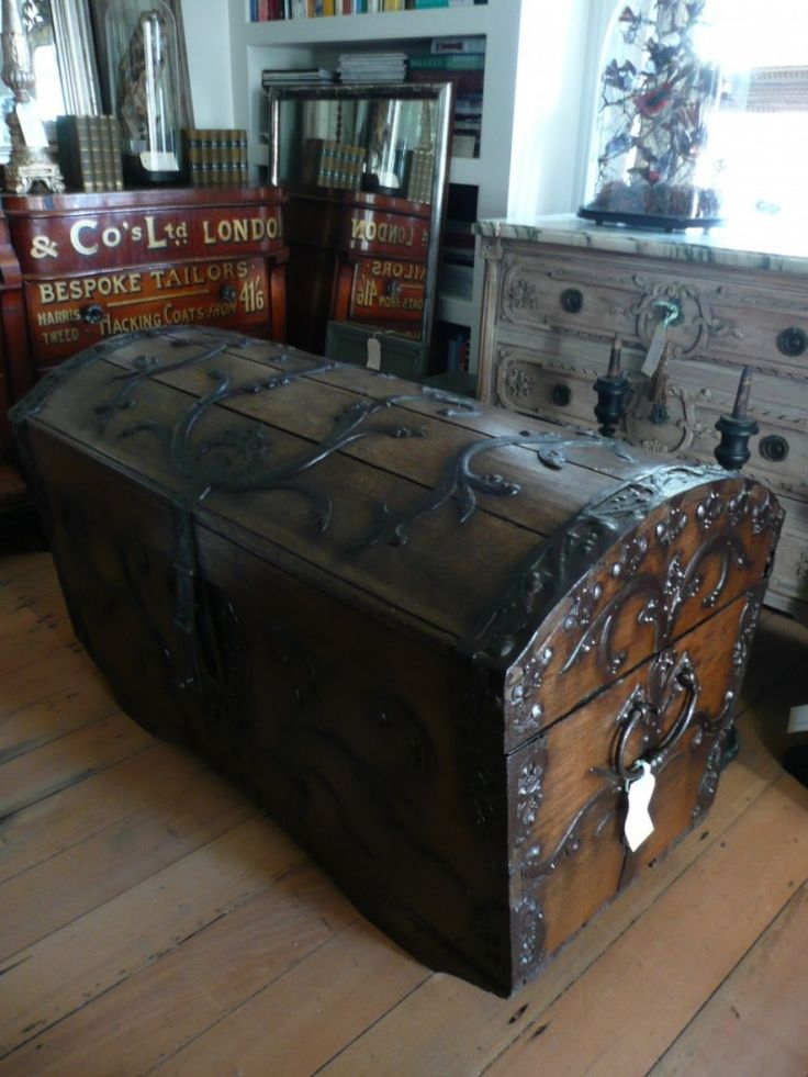 The cursed trunk? http://www.amazon.com/Carved-Cherry-Curse-Collectors-Novel-ebook/dp/B00KP1UPS6