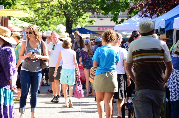 Discover Salt Spring Island's famous Saturday Market and its artisans. And why not find Accommodation, explore the island's attractions and plan your trip!