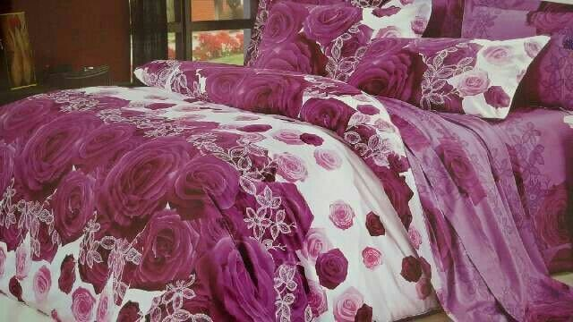 Sprei custom bahan Katun Jepang. YKJ2009A005  Start from IDR 290,000 for double size set and IDR 215,000 for single size.  Order by WA (+62) 0813 7372 3562  #spreicustom #customorder #terimapesanansprei #customsize #dropshipper #hargagrosir #resellersprei #agensprei #spreiimport #katunjepang #spreihalus #rose #purple