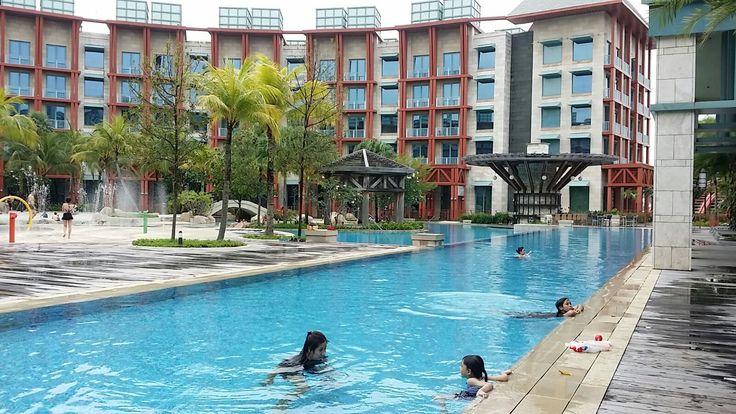 Hard Rock Hotel - Swimming Pool