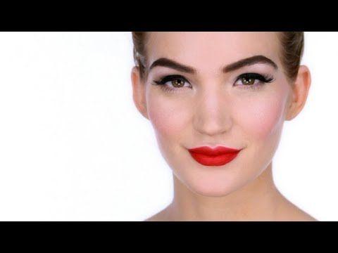 Pin Up Makeup Tutorial*  Eyes: L'Oreal - Colour Riche Quads- E5 Velours Noir,   Lips: MAC - Lipstick - Ruby Woo ,  No7 - Precision Lips Pencil - Fire: