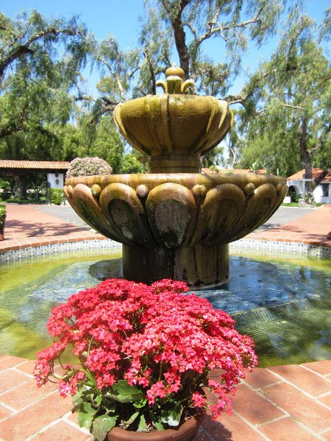 17 best images about fountains on pinterest gardens the secret garden and charleston sc for The fountains palm beach gardens