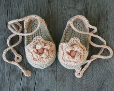 Cotton Baby Girl Espadrille in Dusty Rose and Beige, Crochet Baby Booties, size 0-3 months, Photo Prop, Ready to Ship