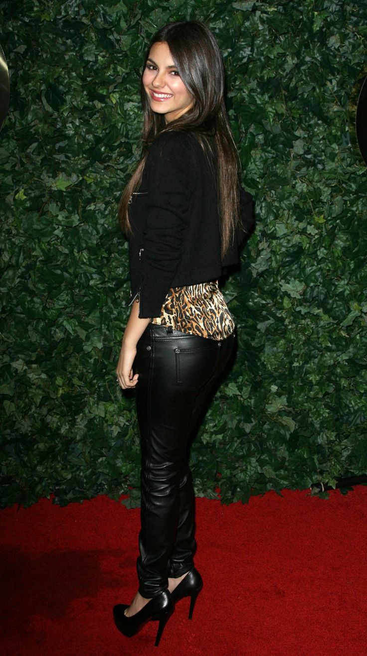 Victoria Justice Pictures ICONIC BEINGS Pinterest