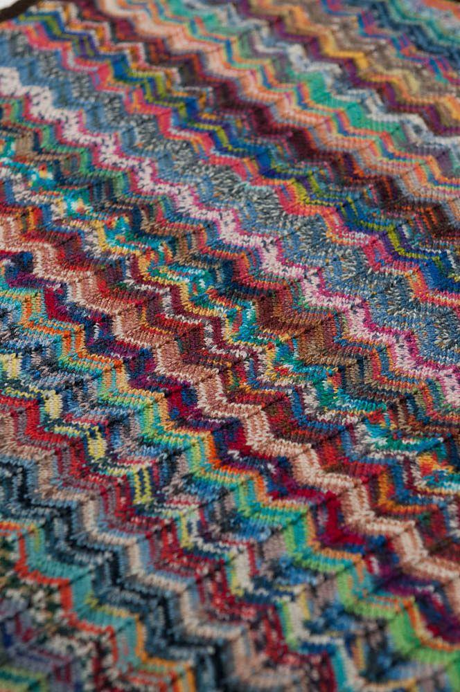 Zig and Zag Sock Yarn pram baby blanket pattern by Debbie Orr