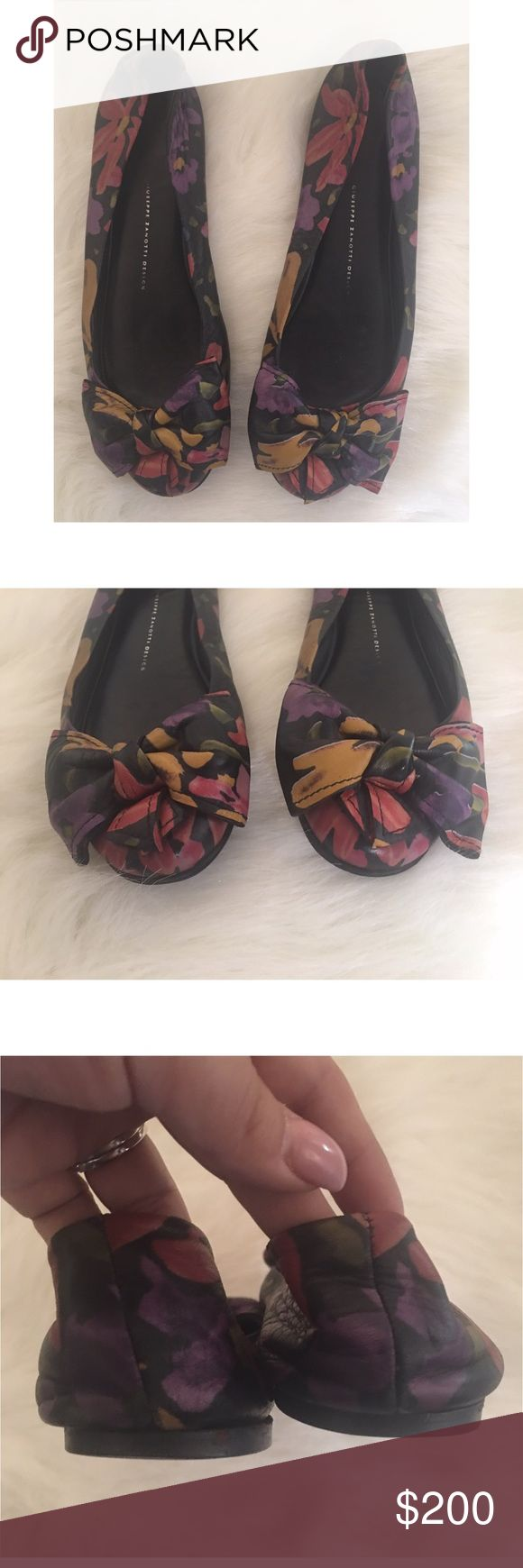 Giuseppe Zanotti leather round toe bow flat floral Gorgeous and in excellent shape! Leather round toe ballet flat with bow, multi colored floral pattern. Giuseppe Zanotti Shoes Flats & Loafers