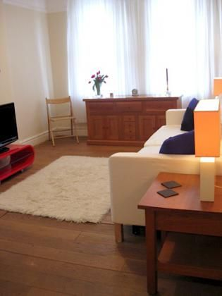 London furnished rental, one bedroom apartment steps from Marylebone, near Regent Park.