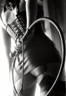 #bdsm #bdsmphotography #domina #grip #whip