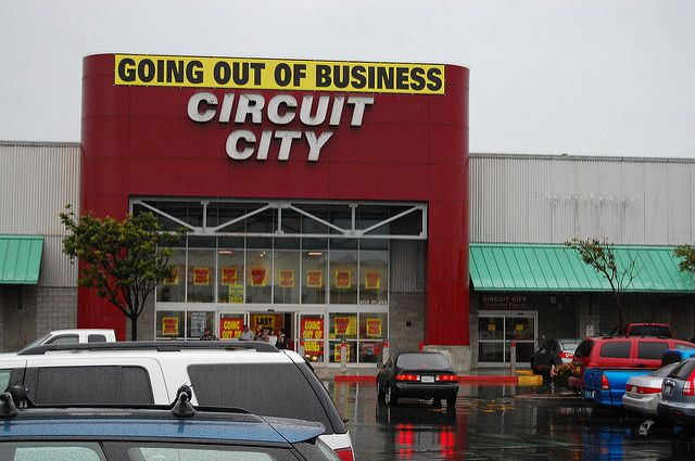 Back From the Dead, Circuit City's Resurrection Threatens Best Buy Inc