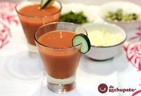 Gazpacho andaluz. Mi receta de la alegría de la huerta, el tomate - Recetasderechupete.com