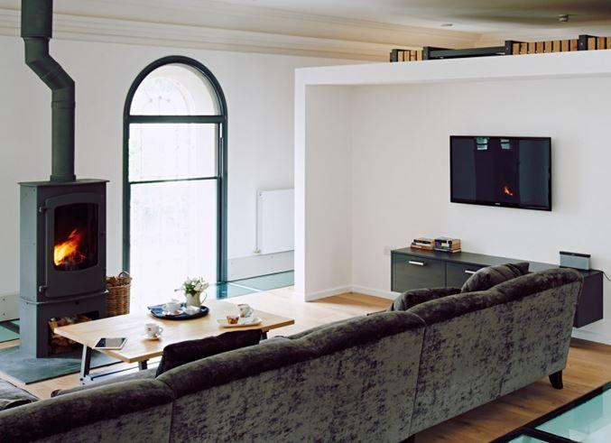 Newport International Group Projects Tokyo Company: The Bunkhouse, nær Hay-on-Wye: bolig anmeldelse   Brændeovn? Tjek. Regnbyger? Jep, tre af dem. Tubular dias, drøner dig ned til stueetagen som en brandmand i to sekunder flad? Du bet!   Fortsæt læsning: http://www.theguardian.com/travel/2014/sep/20/-sp-the-bunkhouse-near-hay-on-wye-wales-accommodation-review  Læs mere: http://www.newportinternational.net/