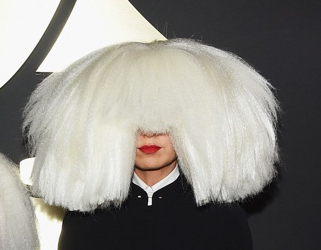 This is the #Sia that we've grown used to. | 11 Pictures Of Sia's Face