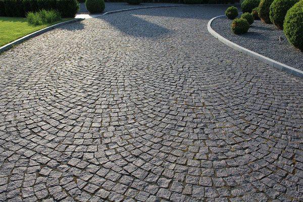die besten 25 pflastersteine granit ideen auf pinterest auffahrt pflasterung pflastersteine. Black Bedroom Furniture Sets. Home Design Ideas