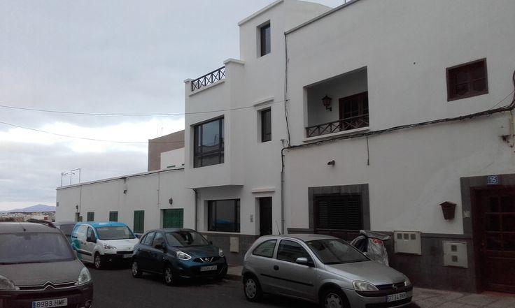 Edificio de dos viviendas en venta en el barrio de Maneje - Arrecife