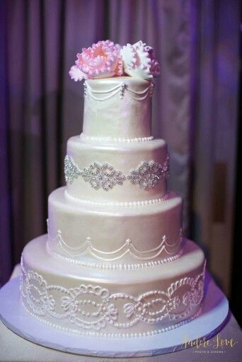 Great Gatsby Wedding Cake. Blush Wedding Cake