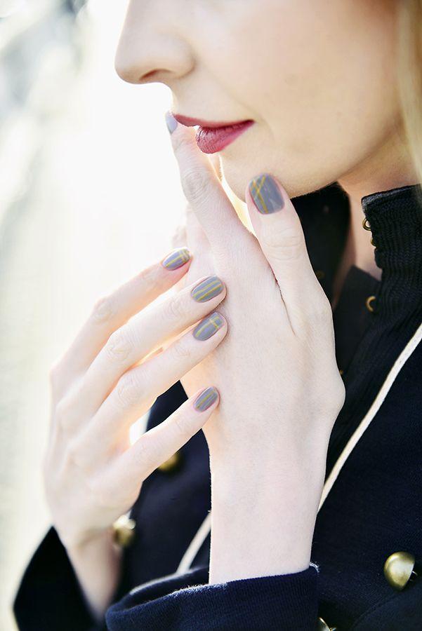 #nails #gray #naildesign