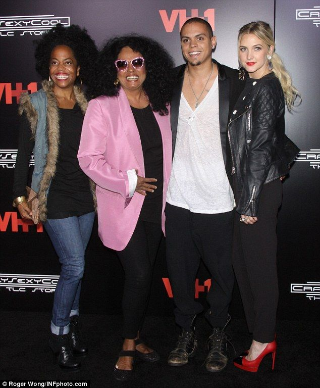 Lucky man! Evan Ross was flanked by three lovely ladies - sister Rhonda Ross Kendrick, mom Diana Ross and girlfriend Ashlee Simpson (from le...