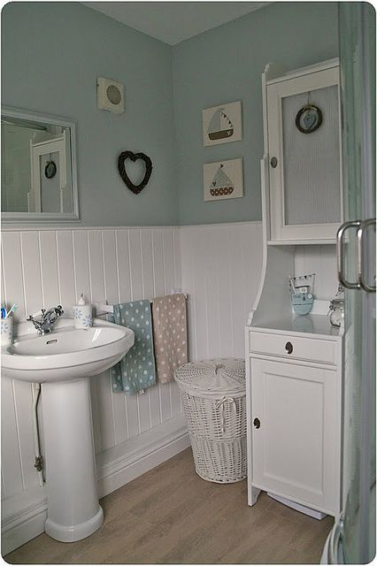 Pretty tongue and groove panelling in this modern country bathroom.   ❤️ If you like this, why not head on over to http://www.TheHomeDesignSchool.com/signup  for more modern country design inspiration, plus get access to our free resource library to help you to design and decorate your dream country home. ❤️