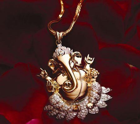 Ganesha Pendant ..Amazing Wedding Gift