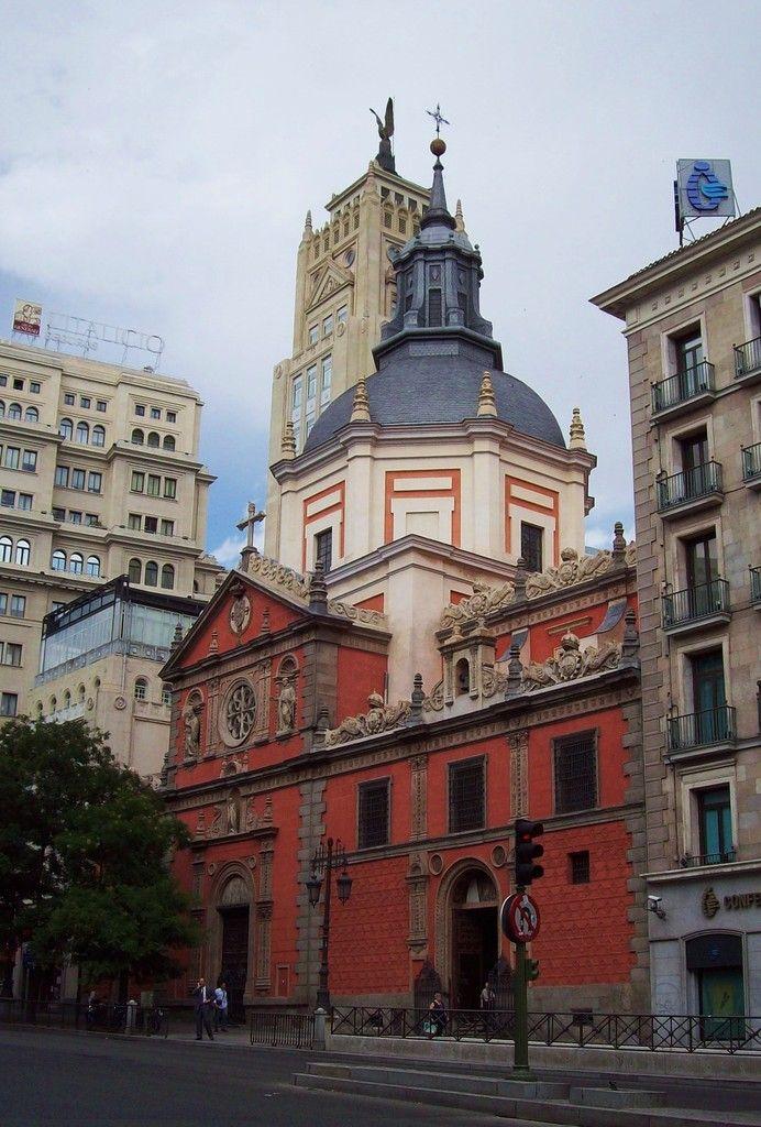 Madrid - Iglesia de las Calatravas. Calle de Alcalá