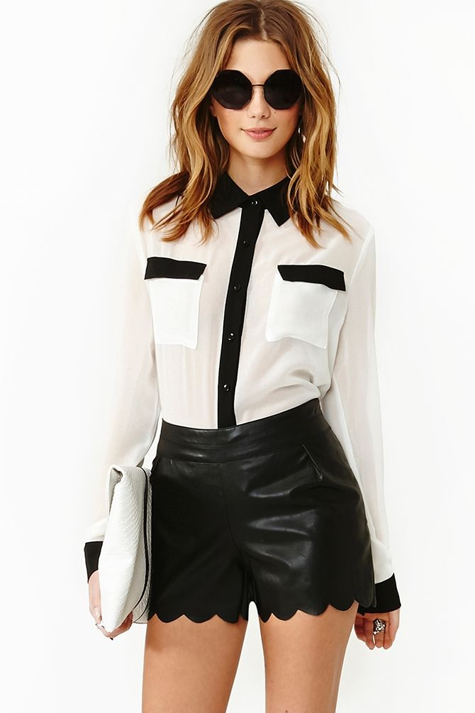 White and black button down - I want it!