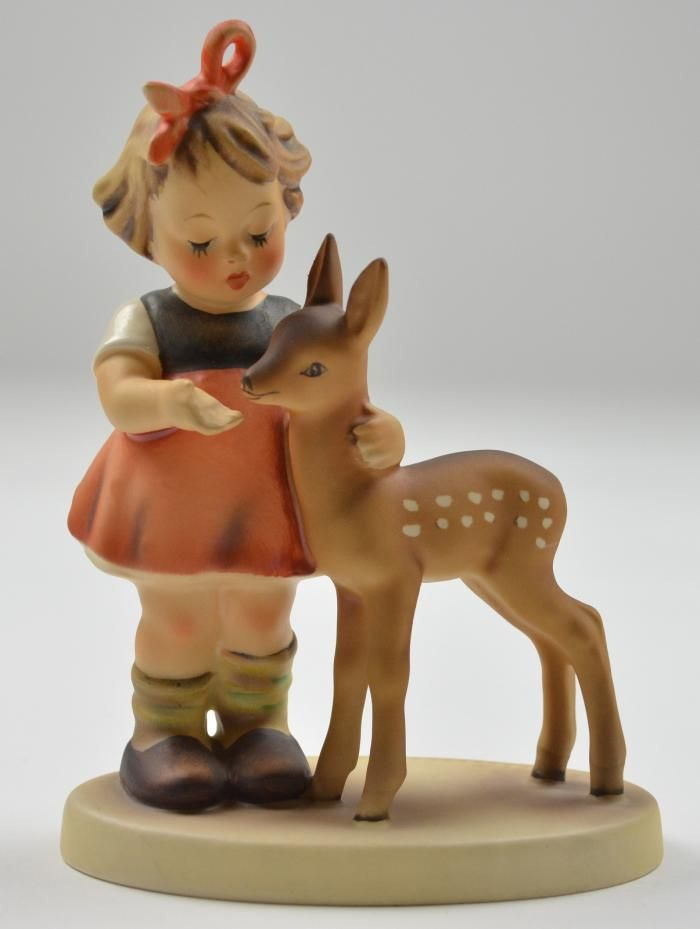 épinglé par ❃❀CM❁✿Hummel Figurine