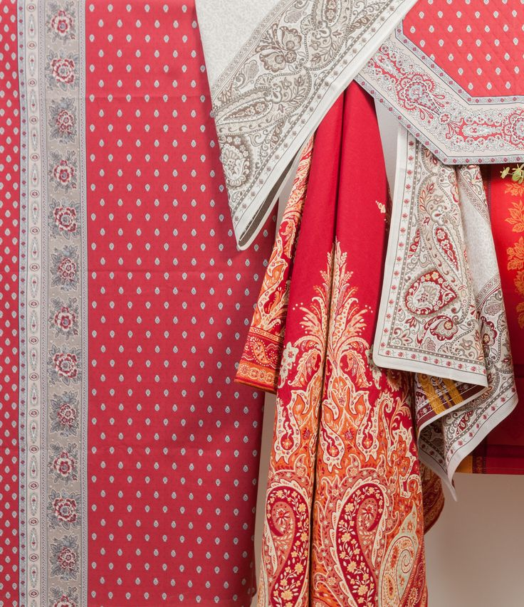 Beautiful oriental materials decorated with love and gratitude!