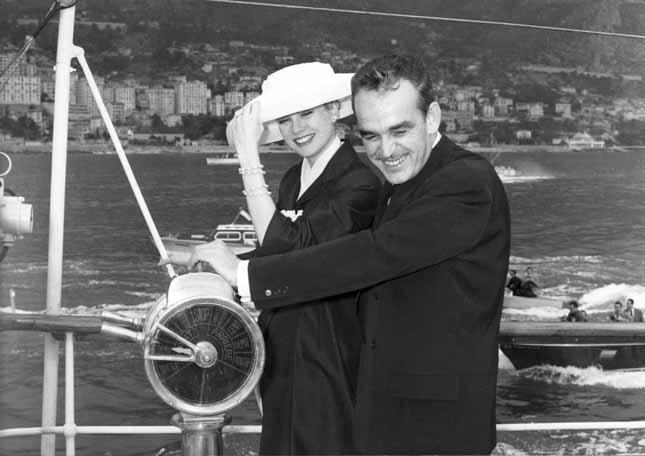 Grace Kelly con il Principe Ranieri di Monaco (milestone) 1956