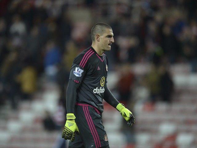 Genoa targeting move for Sunderland goalkeeper Vito Mannone?