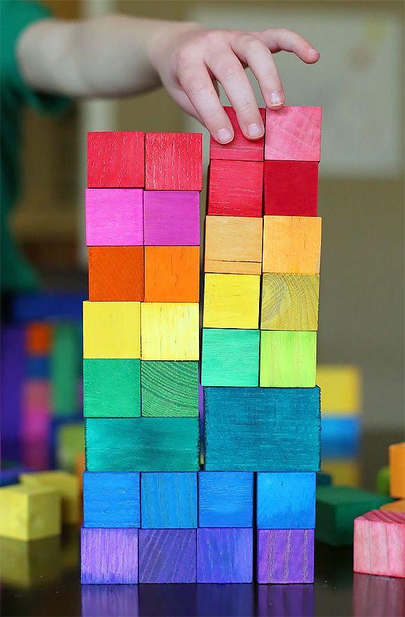 DIY Dyed Blocks - sensory craft for toddlers
