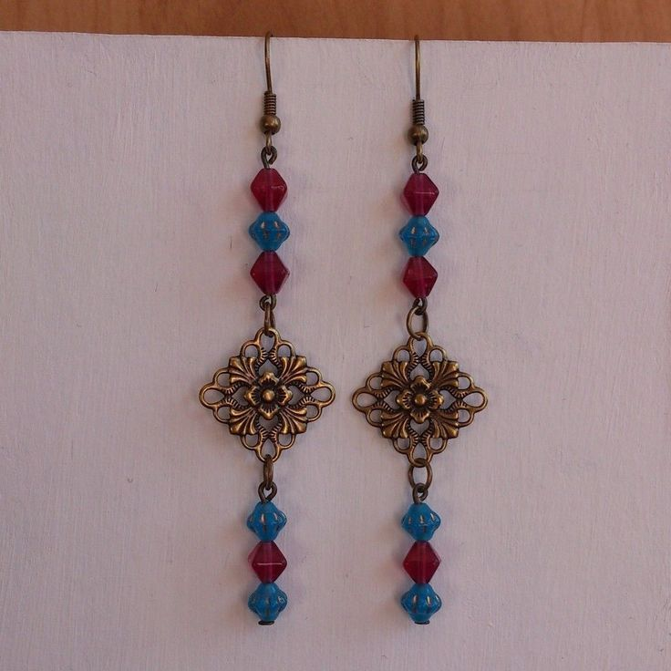 Handmade earrings by Zsuzsubizsu (http://zsuzsubizsu.blogspot.hu/)