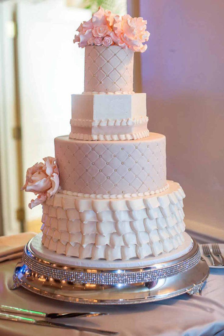 Roger Moore Cake Boss