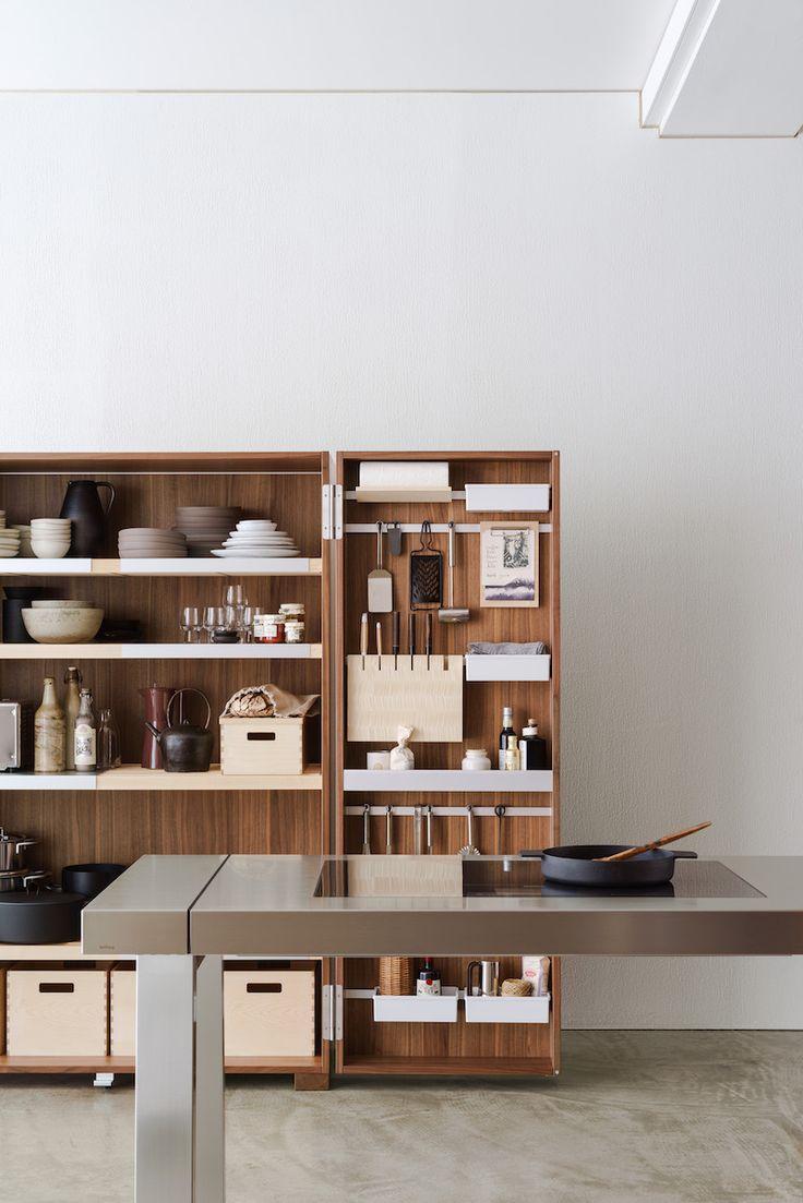 bulthaup b2 keukenkast met uniek geordende keukenkasten #keuken