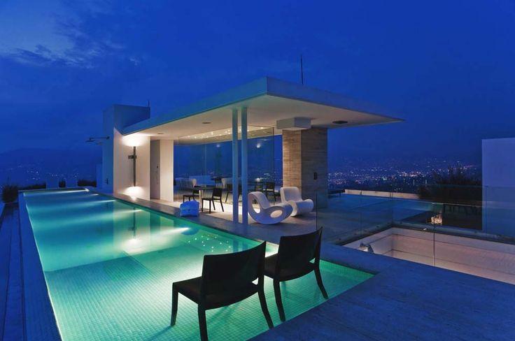 Apartamento Medellin Colombia, Octubre Arquitectura y Diseño. @Architonic  @david hannaford mitchell