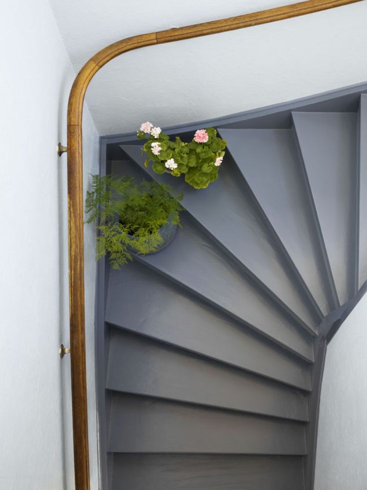 Don't forget the stairs when you are repainting your hallway. This staircase is painted in the color Tromb 769.