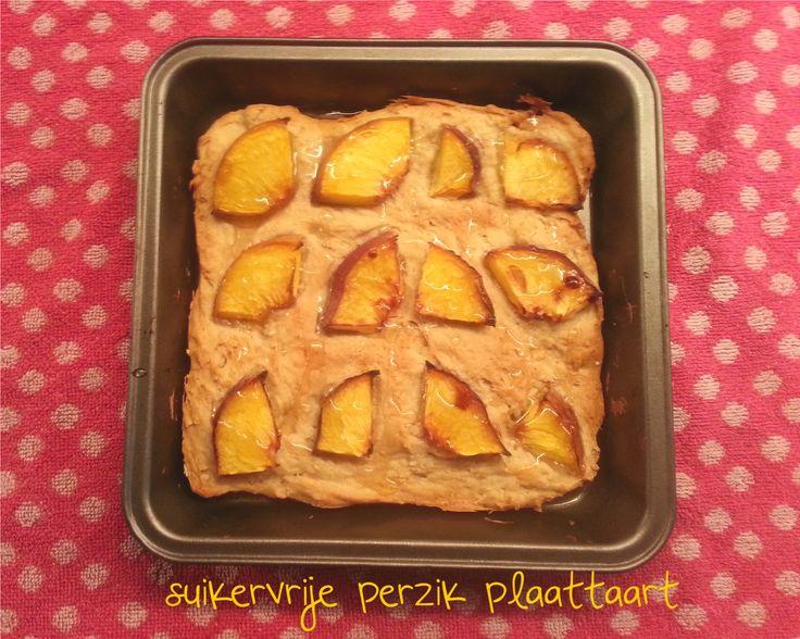 Een tijdje terug maakte ik heerlijk spelt bosbessen muffins. Op basis van dat recept heb ik dit taartje bedacht. Het is eigenlijk een soort plaatkoek/taart die je daarna het beste in repen kunt sni...