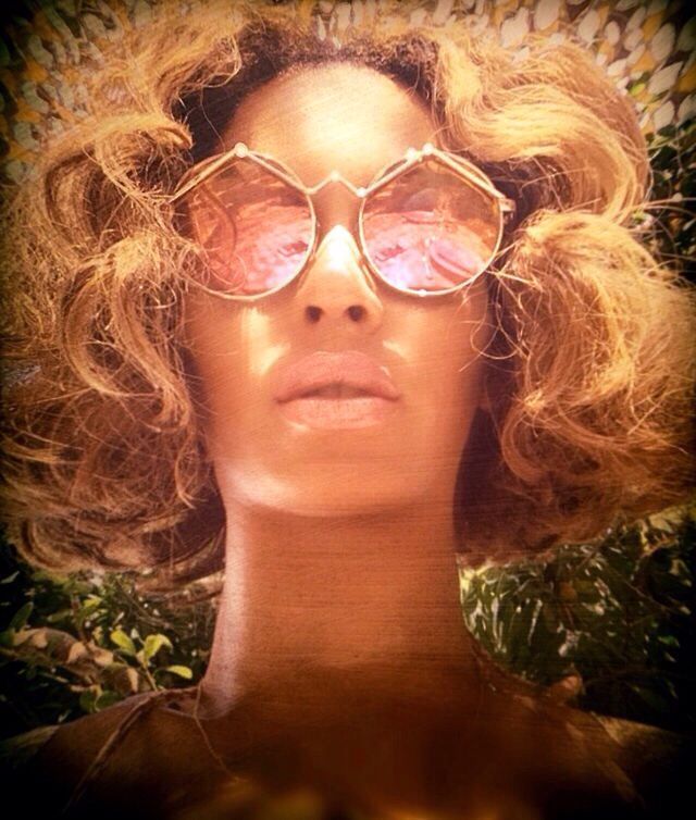 Beyonce France Vacation 2014