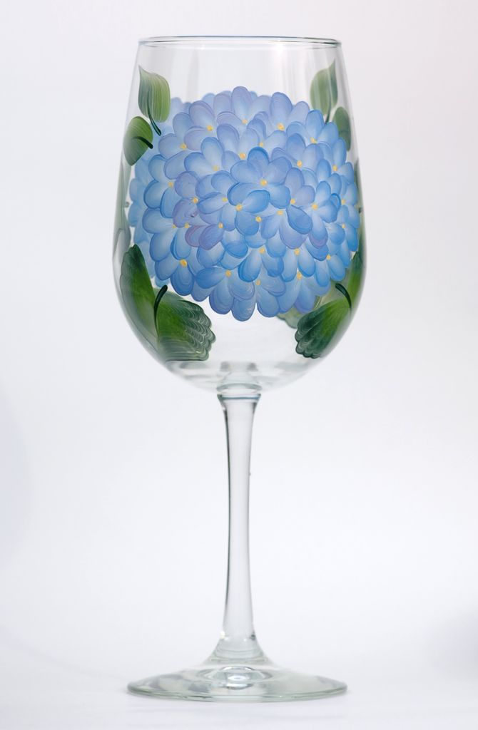Blue Hydrangeas hand painted wine glass – Wineflowers