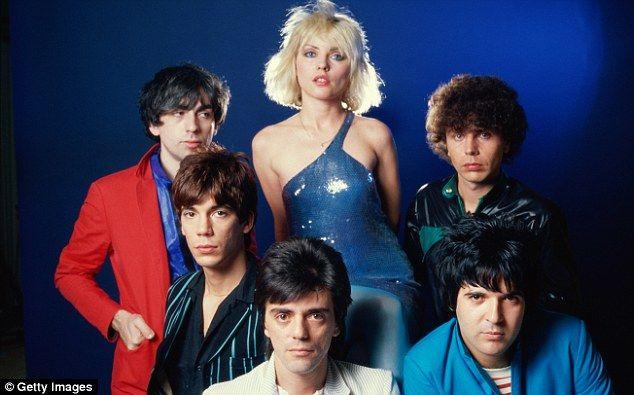 Debbie with, from left: Chris Stein, Jimmy Destri, Frank Infante, Clem Burke and Nigel Harrison in 1979