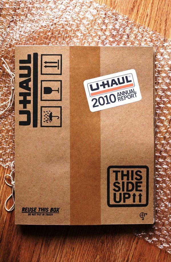 Contoh Desain Gambar Buku Laporan Tahunan - UHAUL Annual Report 2010 oleh Jacob Gilbreath