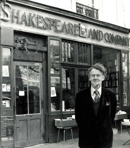 Shakespeare and Company: Company Bookstores, Paris Bookstores, Favorite Places, Magnets, Famous Parisians, George Whitman, Walt Whitman, Parisians Bookstores, Shakespeare