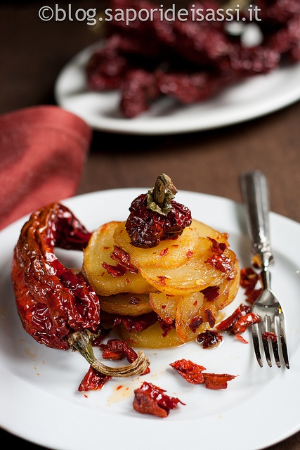 """Potatoes and """"Peperoni cruschi"""" (sundried and fried red peppers that taste like chips).  The """"peperoni cruschi"""" can be purchased on http://www.saporideisassi.it/44-peperoni-cruschi.html"""