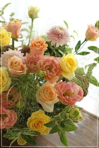【今日の贈花】山手西洋館の作品展へ Flower note の 花日記 (横浜・上大岡 アレンジメント教室)