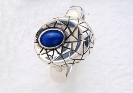 Ring inspired by Gaudi's work