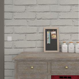 Ambiance loft dans votre intérieur avec ce papier peint vinyle LOFT BRIQUE ! Très en vogue, ce modèle imitation briques habillera votre pièce d'un effet des plus réalistes. Effet trompe- l'oeil garanti !